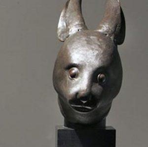 Faut-il rendre les objets africains de nos musées à leur pays d'origine ?